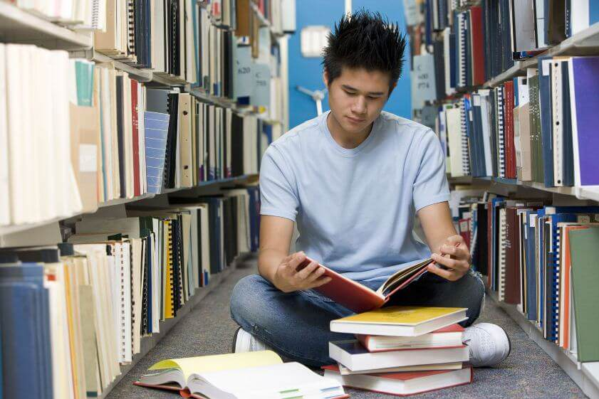 Important issues to consider when deciding to study in the US